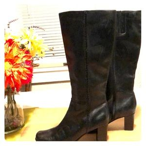 Black leather dress boots size 8 1/2